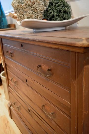 commode en pin antique originale. Black Bedroom Furniture Sets. Home Design Ideas