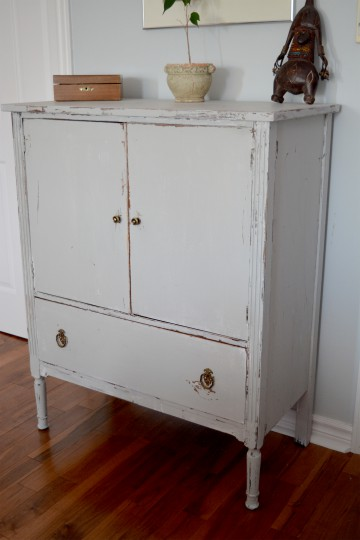commode en bois shabby chic gris blanc us e. Black Bedroom Furniture Sets. Home Design Ideas
