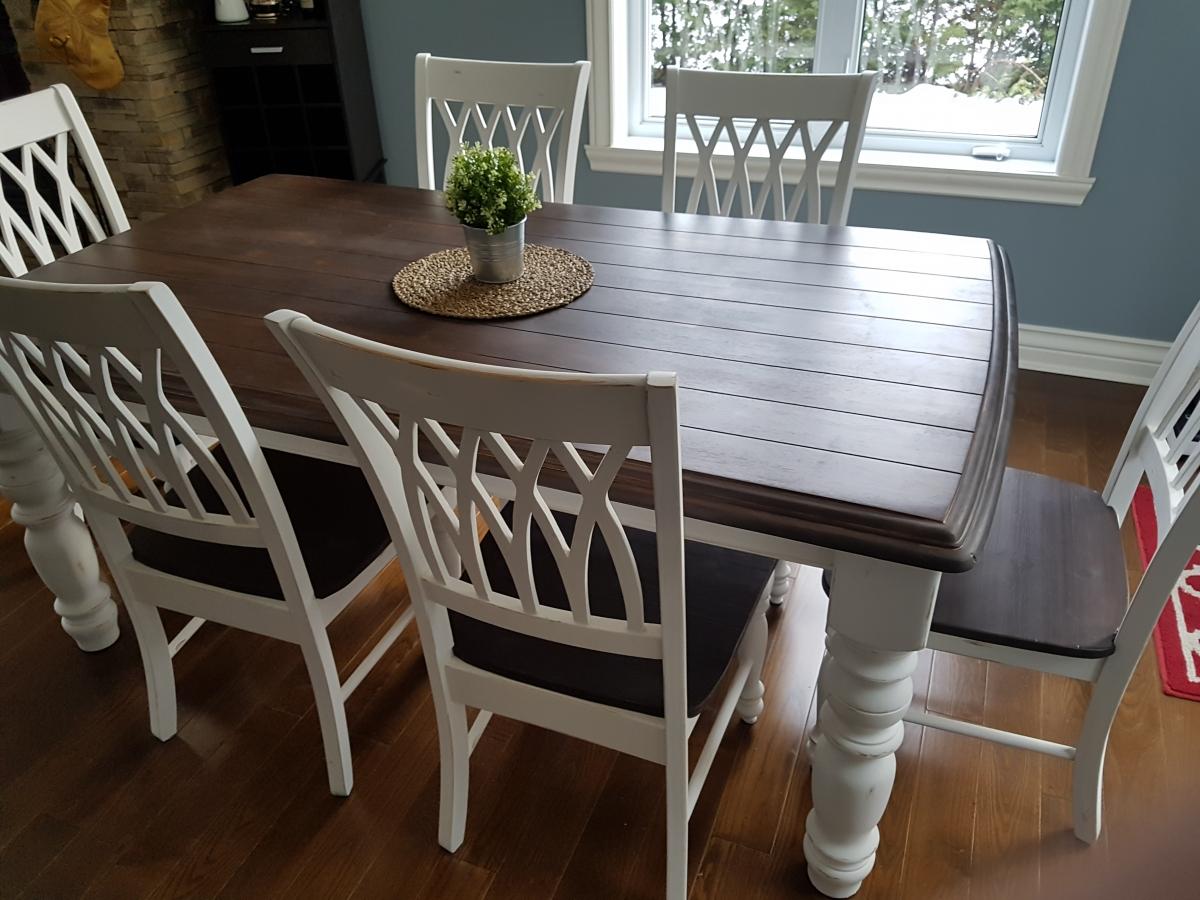 Table crème, blanc cassé dessus foncé, sans rallonge bois shabby rustique chic3