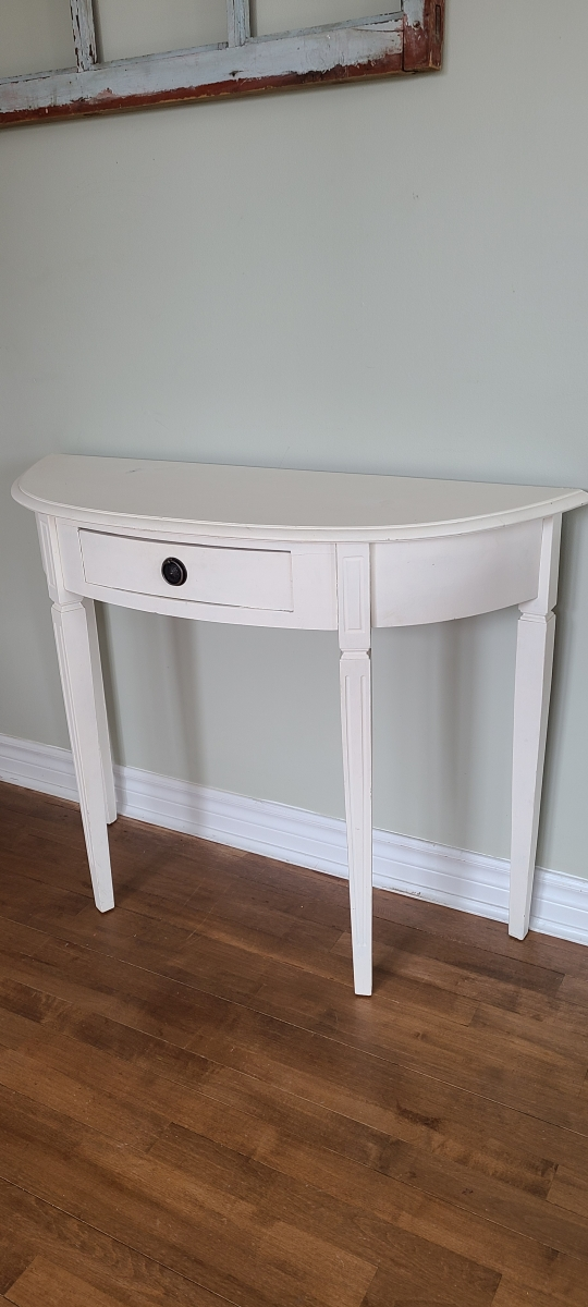 Superbe table crédence blanche avec un tiroir3