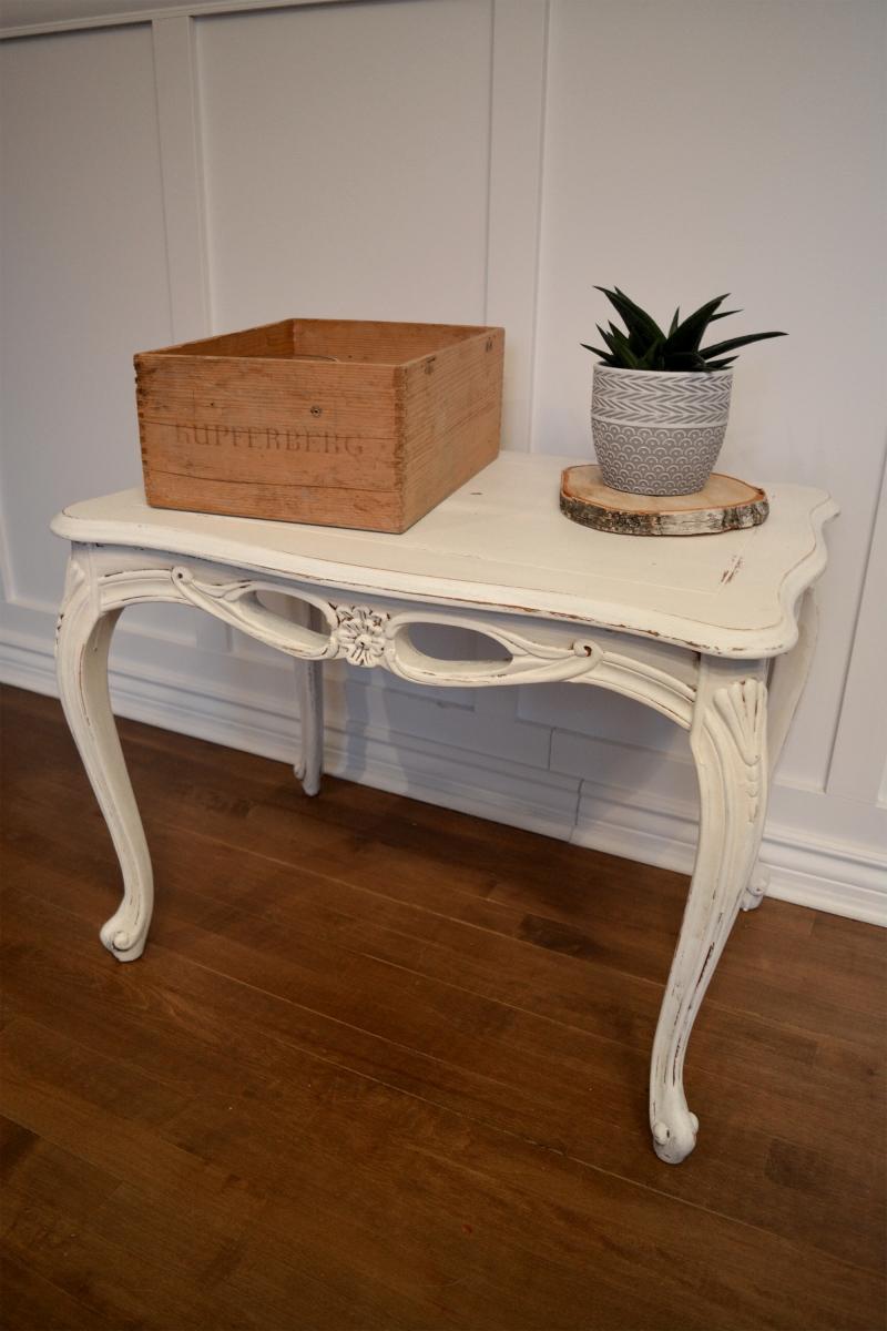 Superbe petite table d'appoint blanc cassé shabby chic4