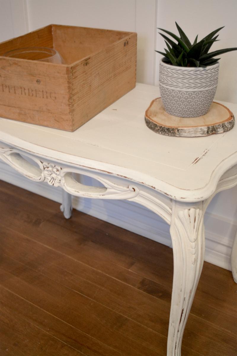 Superbe petite table d'appoint blanc cassé shabby chic3