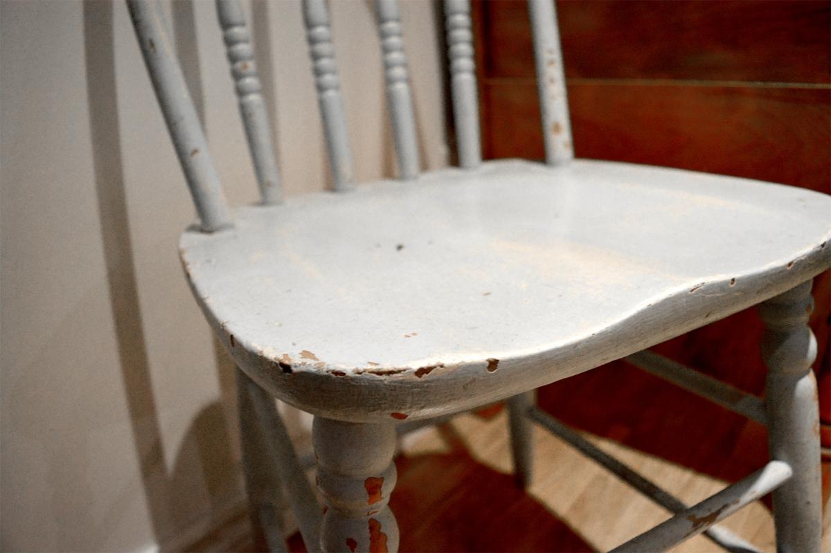 Chaise antique bleue pâle shabby chic3