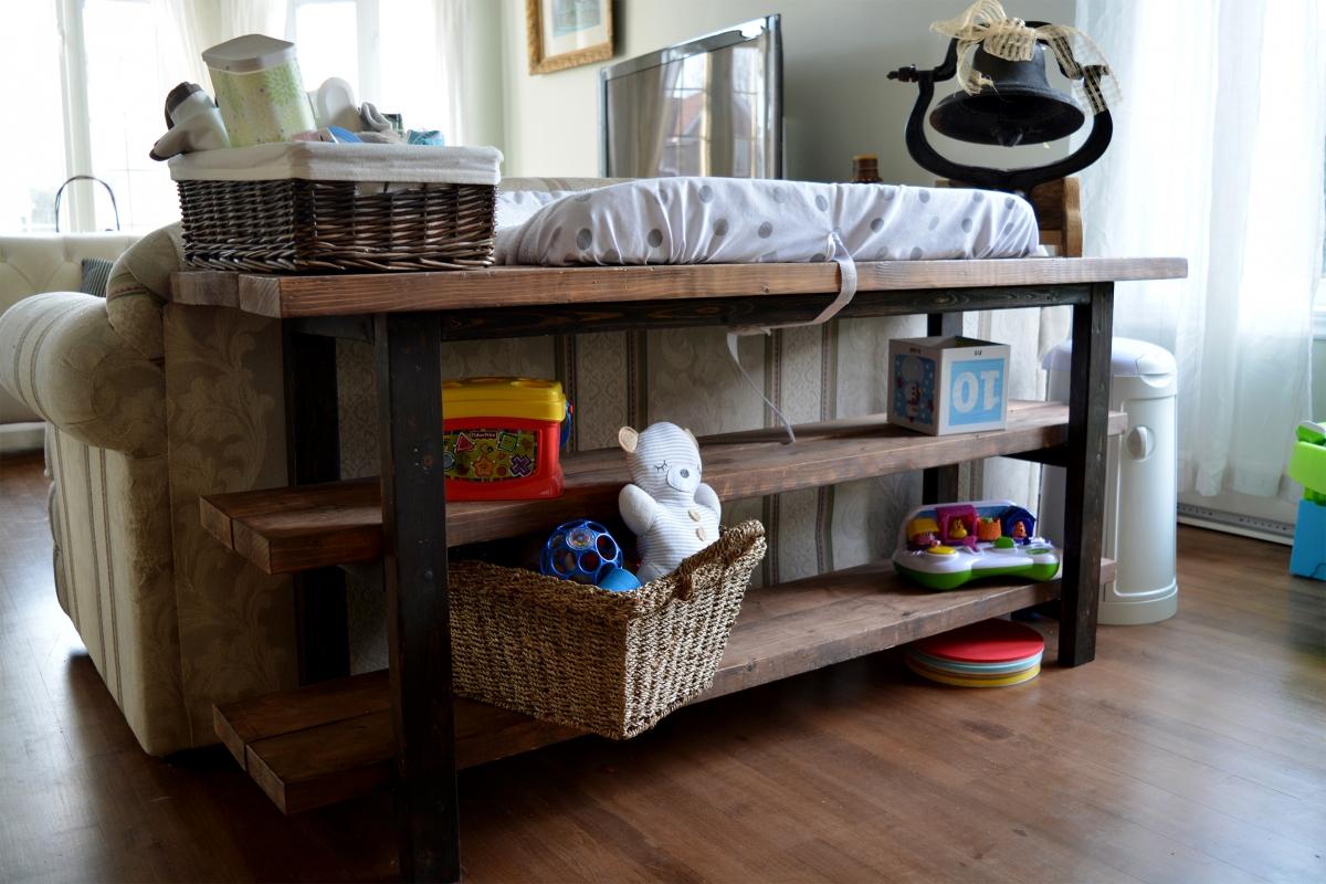 tag re en bois fonc style ouvert rustique. Black Bedroom Furniture Sets. Home Design Ideas
