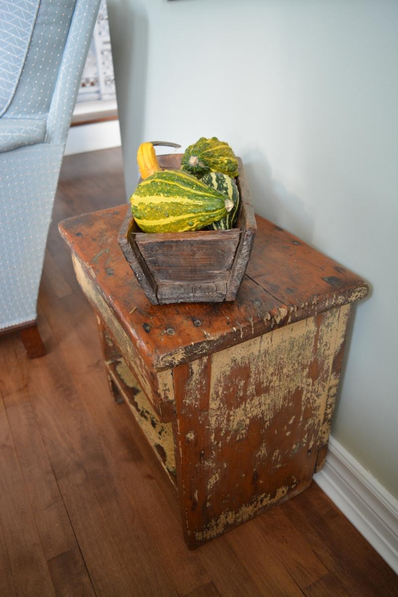 table caf chevet shabby chic rustique bois fonc. Black Bedroom Furniture Sets. Home Design Ideas