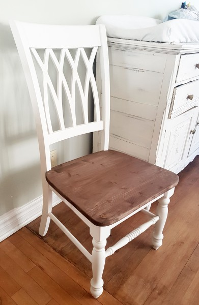Chaises shabby chic, base bois rustique chic