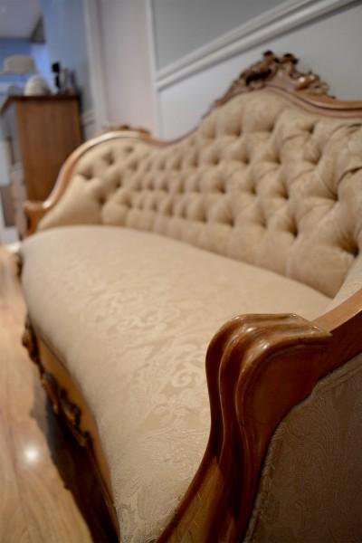 Divan antique victorien beige, bois rose sculptée3
