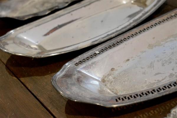 Plateaux en métal argent, argenterie2