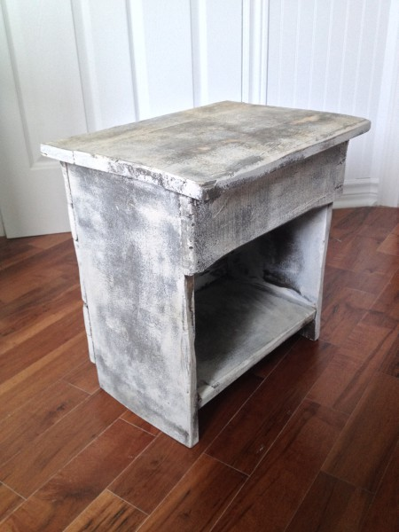 Table de chevet, meuble shabby chic